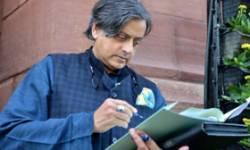 કોંગ્રેસ નેતા શશિ થરૂરને વિદેશ પ્રવાસ જવા દિલ્હી કોર્ટે મંજૂરી આપી