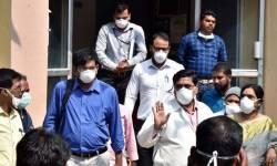 ગુજરાતમાં કોરોના: અમદાવાદમાં બે અને વડોદરામાં એક નવા કેસ : રાજ્ય સરકાર એલર્ટ