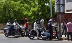 ગુજરાત ફરી ધમકતું થયું, વેપારીઓમાં ખુશીનો માહોલ, ક્યાંક ટ્રાફિક જામ તો ક્યાં કતારો લાગી