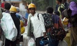 મજુરોની 'ઘરવાપસી'થી ઉદ્યોગો હેરાન-પરેશાનઃ ફેકટરી ખુલી પણ કામદારો કયાં? કામકાજને અસર