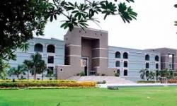 વકીલોને ગુજરાત સરકાર માસિક આર્થિક સહાય આપે અથવા રાહત દરે લોન આપે : HCના ચીફ જસ્ટિસને પત્ર