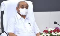 કોરોના દર્દીઓ માટે સરકાર આપે છે રૂ.3 લાખનો ખર્ચઃ નાયબ મુખ્યમંત્રી