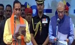 ગુજરાતમાં સળંગ 4 વર્ષ શાસન કરનાર પાંચમા મુખ્યમંત્રી બન્યા વિજય રૂપાણી
