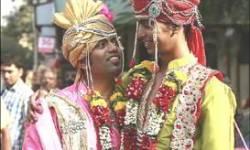 બે સમલૈંગિક યુગલની લગ્ન માટે અરજી પર કેન્દ્ર પોતાનું વલણ સ્પષ્ટ કરે : દિલ્હી હાઈકોર્ટ