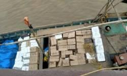 હજીરાના દરિયામાંથી ઈંગ્લીશ દારૂ ભરેલી બોટ ઝડપાઈ, 16 લાખથી વધુનો મુદ્દામાલ કબજે