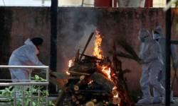 કોરોનાએ હવે વર્તાવ્યો કાળો કેર, દિલ્હીમાં સ્મશાનગૃહો પર હવે લાગ્યું વેઇટિંગલિસ્ટ