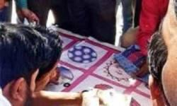 ચીખલીના ખૂંધ ગામે ચકલી પોપટનો જુગાર રમતા 7 ઝબ્બે, રૂ. 3.15 લાખનો મુદ્દામાલ કબજે કરાયો