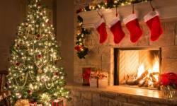 ક્રિસમસ પરંપરાઓ અને માન્યતાઓ,મીણબત્તીથી લઇને ભેટ સુધી દરેક વસ્તુનું પોતાનું અલગ મહત્ત્વ છે