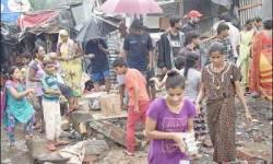 મુંબઈ : મફતમાં જમીન મળશે એવો મેસેજ વાયરલ થયો ને ઝુંપડવાસીઓએ દોટ મૂકી..