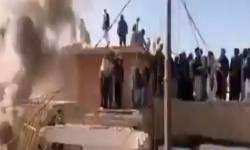 પાકિસ્તાનમાં ઐતિહાસિક હિન્દુ મંદિરને હિંસક બનેલા ટોળાએ તોડી પાડ્યું ,બાદમાં લગાવી આગ