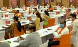 અમદાવાદ ભાજપ સંગઠનની માથાપચ્ચી વધી, 192 બેઠકો માટે 2037 દાવેદારોએ ટિકિટ માંગતા અસમંજસભરી સ્થિતિ