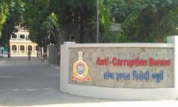 ગુજરાત જમીન વિકાસ નિગમના વર્ગ-3 નિવૃત્ત કર્મચારી પાસેથી  1 કરોડની મિલકતો મળી આવી