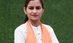 ગુજરાતમાં કયા કેબિનેટ મંત્રીના બહેને અને ધારાસભ્યનાં પત્ની-પુત્રે ચૂંટણીમાં ટિકિટ માંગી, જાણો કોણ છે આ નેતાઓ?