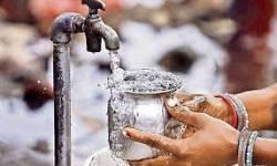 સુરત જિલ્લાના પલસાણા તાલુકાનાં તાતીથૈયામાં જળ માફિયાઓ સક્રીય : 20 જેટલી જગ્યાએ ખાનગી બોરવેલમાંથી રાત દિવસ પાણી ઉલેચવાનું શરૂ