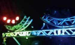 સરકારી ગાઇડલાઇન્સની ઐસીતૈસી:વડોદરામાં પોલીસની મંજૂરી વગર ધાબાઓ પર ડીજે ગોઠવાયા,રાત્રે ટ્રાયલ પણ લીધી