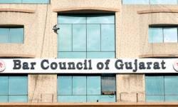 ગુજરાત બાર કાઉન્સીલે  ૪૭૫૫ વકીલોને વેલ્ફેર ફંડના સભ્ય પદેથી દુર કર્યા