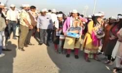 આમ આદમી પાર્ટીના રાષ્ટ્રીય સંયોજક અને દિલ્હીના મુખ્યમંત્રી અરવિંદ કેજરીવાલ સુરત પહોંચ્યા ,કાર્યકર્તાઓએ કર્યું સ્વાગત