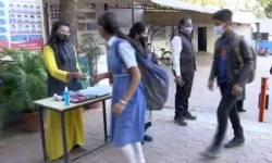 ગુજરાતમાં નવા વર્ષમાં ખાનગી સ્કૂલોની 25 ટકા ફી માફ કરાશે કે નહીં ? જાણો રાજ્ય સરકારે સંચાલકોને મોકલ્યો શું પરિપત્ર