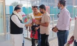 સાંસદ મોહન ડેલકરના પરિવારને સાંતવના આપવા 'આપ'ના સાંસદ સંજય સિંહ સુરત પહોંચ્યા, દાદરાનગર હવેલી જવા રવાના