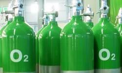 સુરતમાં 225 મેટ્રિક ટન ઓક્સિજનની જરૂર સામે માત્ર 150 મેટ્રિક ટન મળ્યો