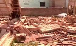 બંગાળમાં છઠ્ઠા તબક્કાના મતદાન પહેલા હિંસા, 3 જગ્યાએ બોમ્બ વિસ્ફોટ, એકનું મોત