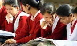 BIG NEWS : ગુજરાતમાં બોર્ડની પરીક્ષાઓ સ્થગિત, ધોરણ 1થી 9 અને 11ના વિદ્યાથીઓને માસ પ્રમોશન