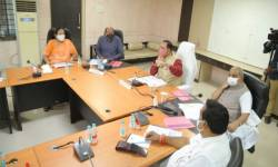 ગુજરાતમાં સૌથી વધુ કોરોના વિસ્ફોટ સુરતમાં થતા આરોગ્ય સચિવ, CM-ડે.CM દોડી આવ્યા, લોકડાઉનની ચર્ચાએ જોર પકડ્યું