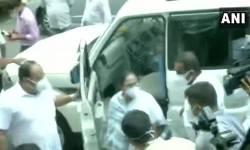 મંત્રીઓની ધરપકડ બાદ CBI ઓફિસ પર TMC નાં કાર્યકર્તાઓ દ્વારા પથ્થરમારો