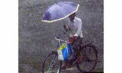 મુંબઈ બચી ગયું : ફકત સાઉથ બોમ્બેમાં જ વાવાઝોડાની અસર હેઠળ ભારે પવન સાથે વરસાદ