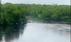કોરોના વેકિસન લેવાથી મરી જવાનો ડર : ૨૦૦ લોકો સરયૂ નદીમાં કૂદી પડ્યા
