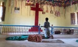 હિન્દુત્વવાદી ભાજપ સરકાર એક નજર અહીંયા નાખે !! વલસાડમાં ખ્રિસ્તી ધર્મપરિવર્તન વધ્યું, હિન્દુ સંસ્થાઓએ લખ્યો CMને પત્ર : ખ્રિસ્તી મિશનરીઓએ કર્યો પગપેસારો