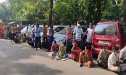 ગોકળગાયની ગતિએ ગુજરાતમાં ચાલી રહ્યું છે વેક્સિનેશન, સરકારના દાવાની પોલ ખૂલી