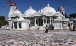 PMO ઓફિસમાં સલાહકાર સમિતિના મેમ્બર હોવાની ખોટી ઓળખ આપી બહુચરાજી મંદિરમાં કર્યા દર્શન, 5 લોકો વિરૂદ્ધ નોંધાઈ ફરિયાદ