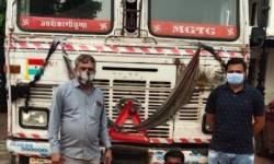 સુરત : પલસાણા તાલુકાના બગુમરા ગામની સીમમાંથી LCBએ  દારૂ ભરેલું કન્ટેનર પકડ્યું