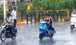 દક્ષિણ ગુજરાતમાં વરસાદ : સુરત,નવસારી,તાપી, ડાંગમાં વરસાદથી ખુશીનો માહોલ