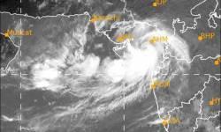 કામ વગર ઘરની બહાર નીકળતા નહિં…. ૪૮ કલાક ગુજરાતભરમાં બેફામ વરસાદ પડશે