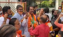 વલસાડ નગરપાલિકામાં ભગવો લહેરાયો, BJPની ચાર બેઠક પર જીત, કોંગ્રેસના સૂપડા સાફ